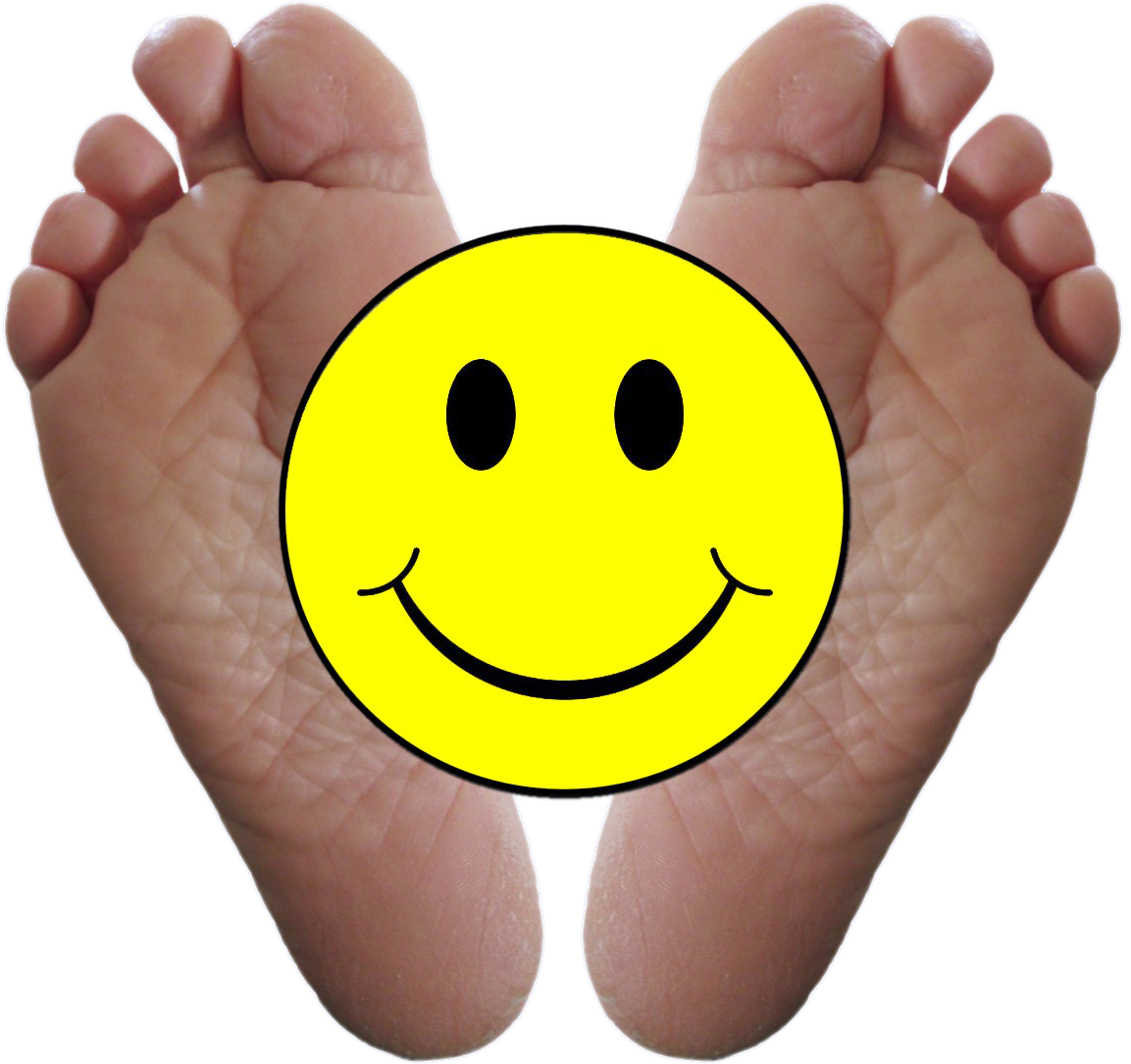 happy_feet_w_smiley